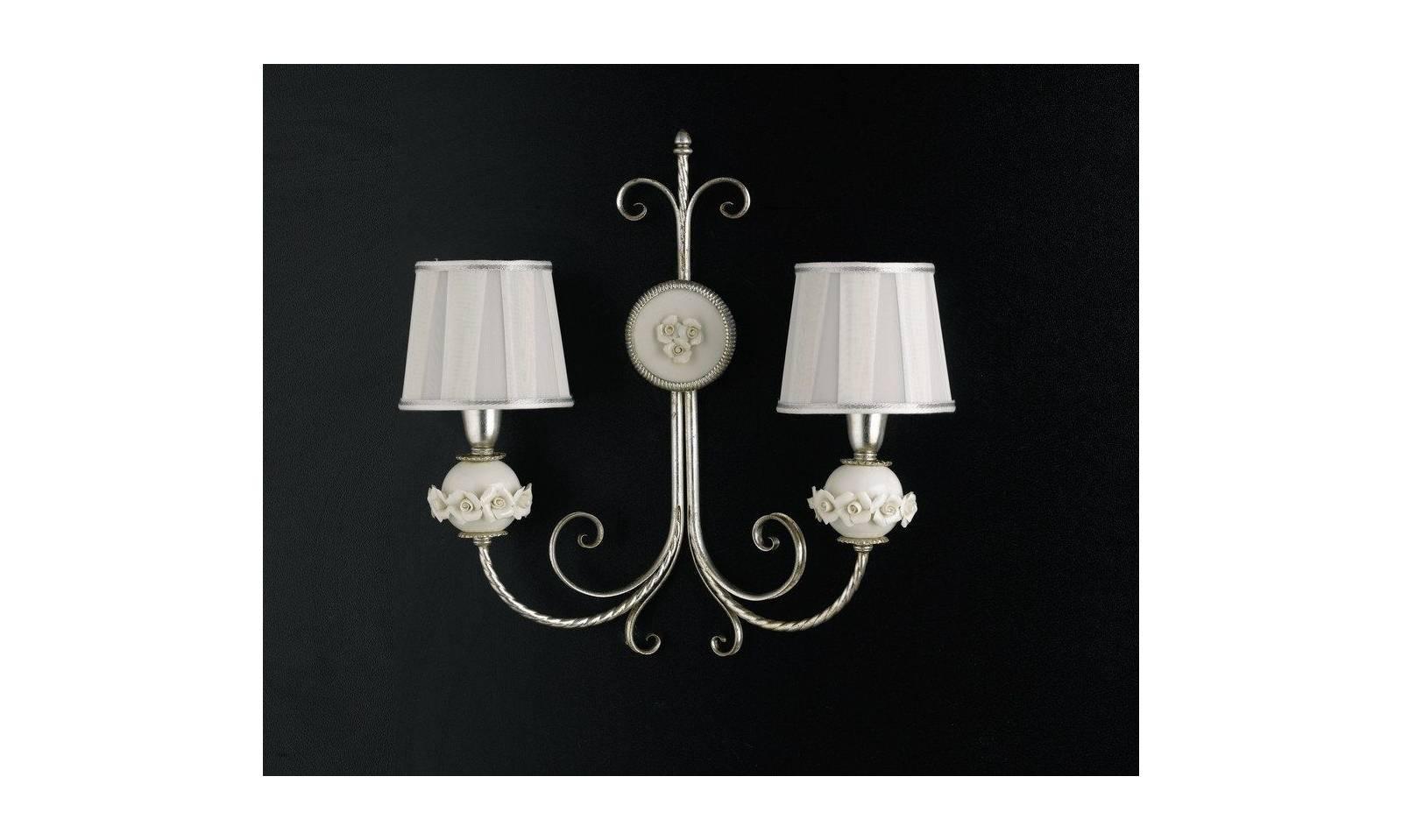 Applique classico luci in foglia argento con porcellana bianca