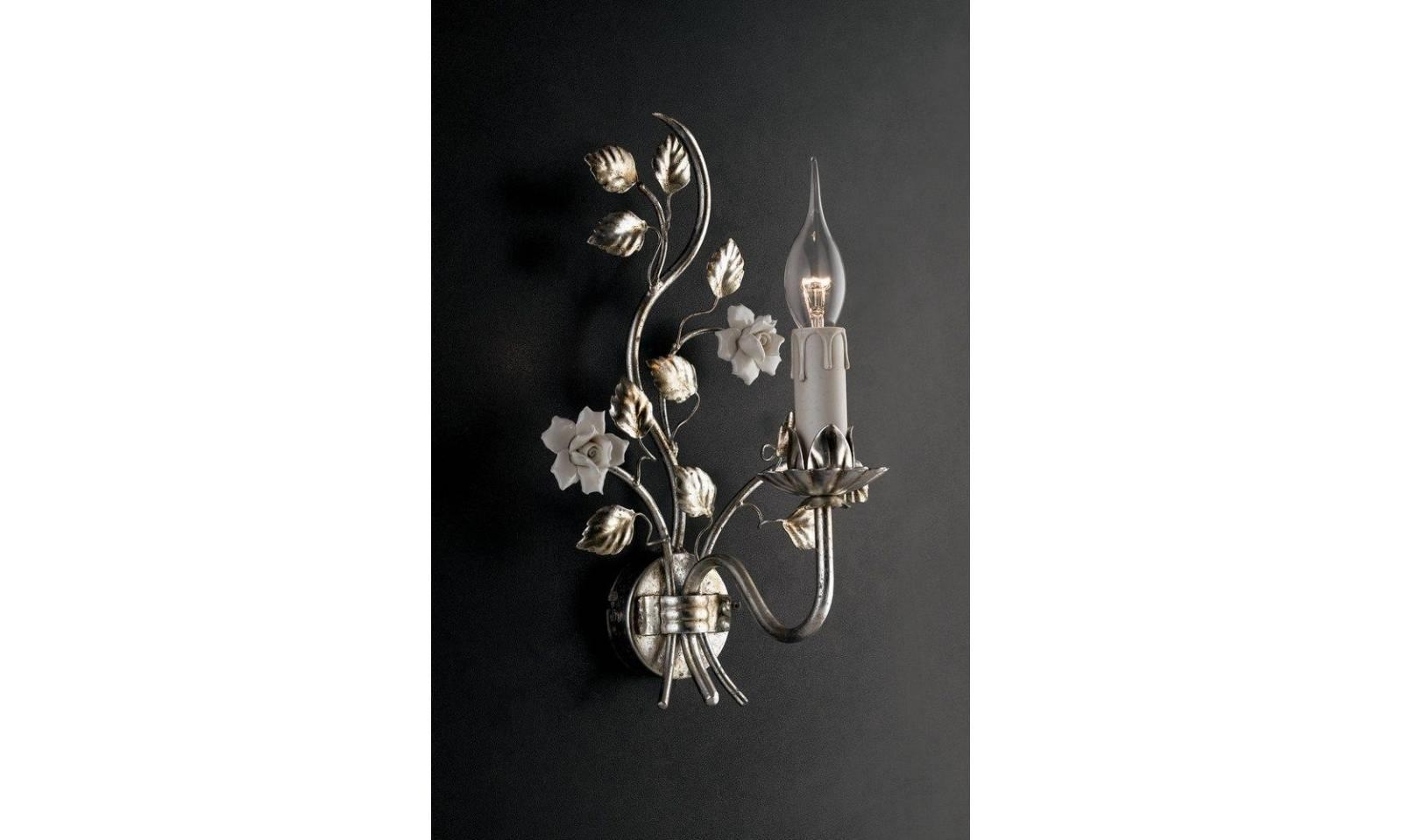 Applique classico 1 luce in ferro battuto foglia argento e ceramica